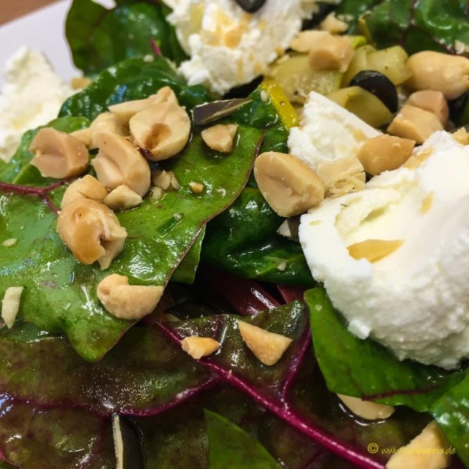Zucchini-Mangold-Salat-9